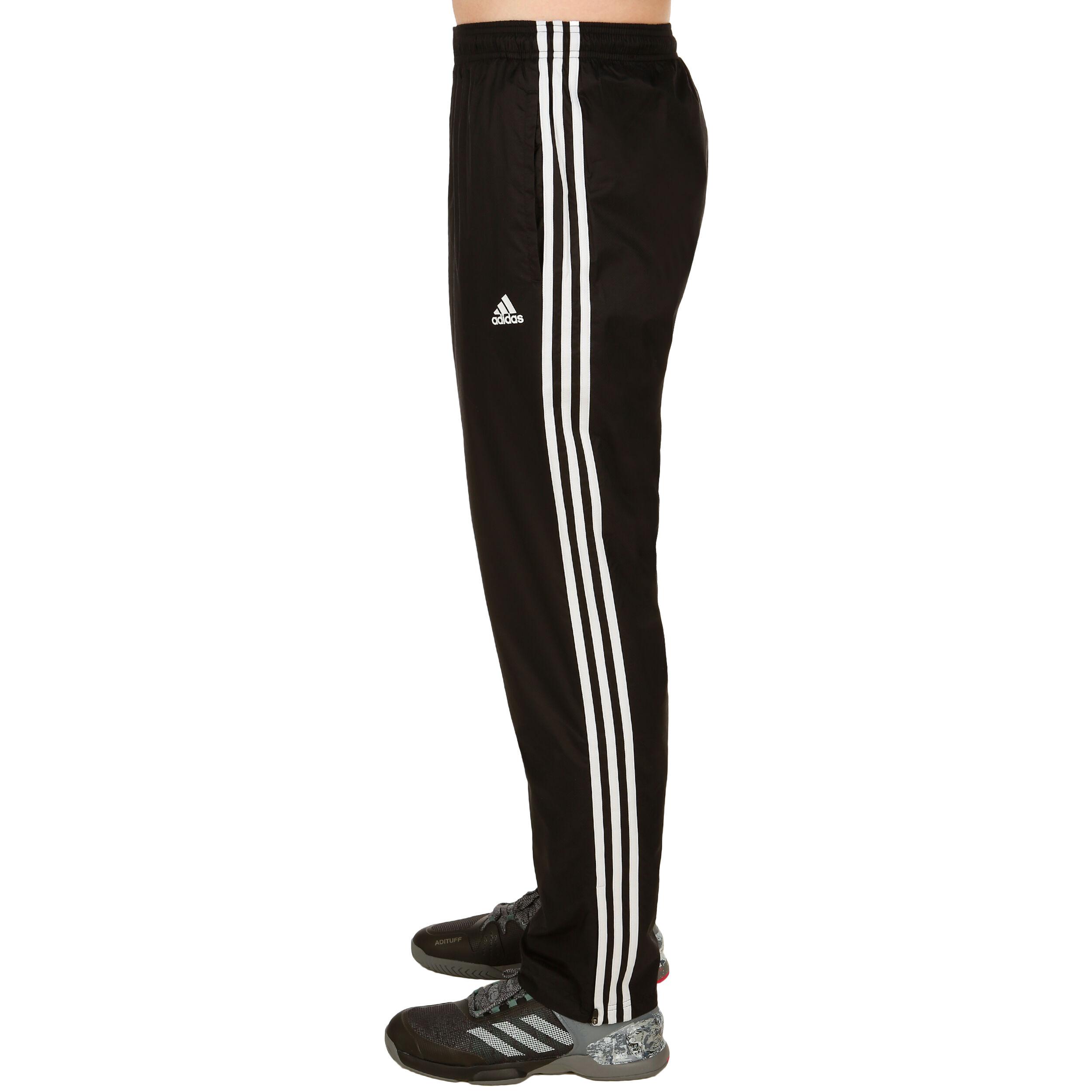 adidas Herren Trainingshose Essentials 3S von ansehen!