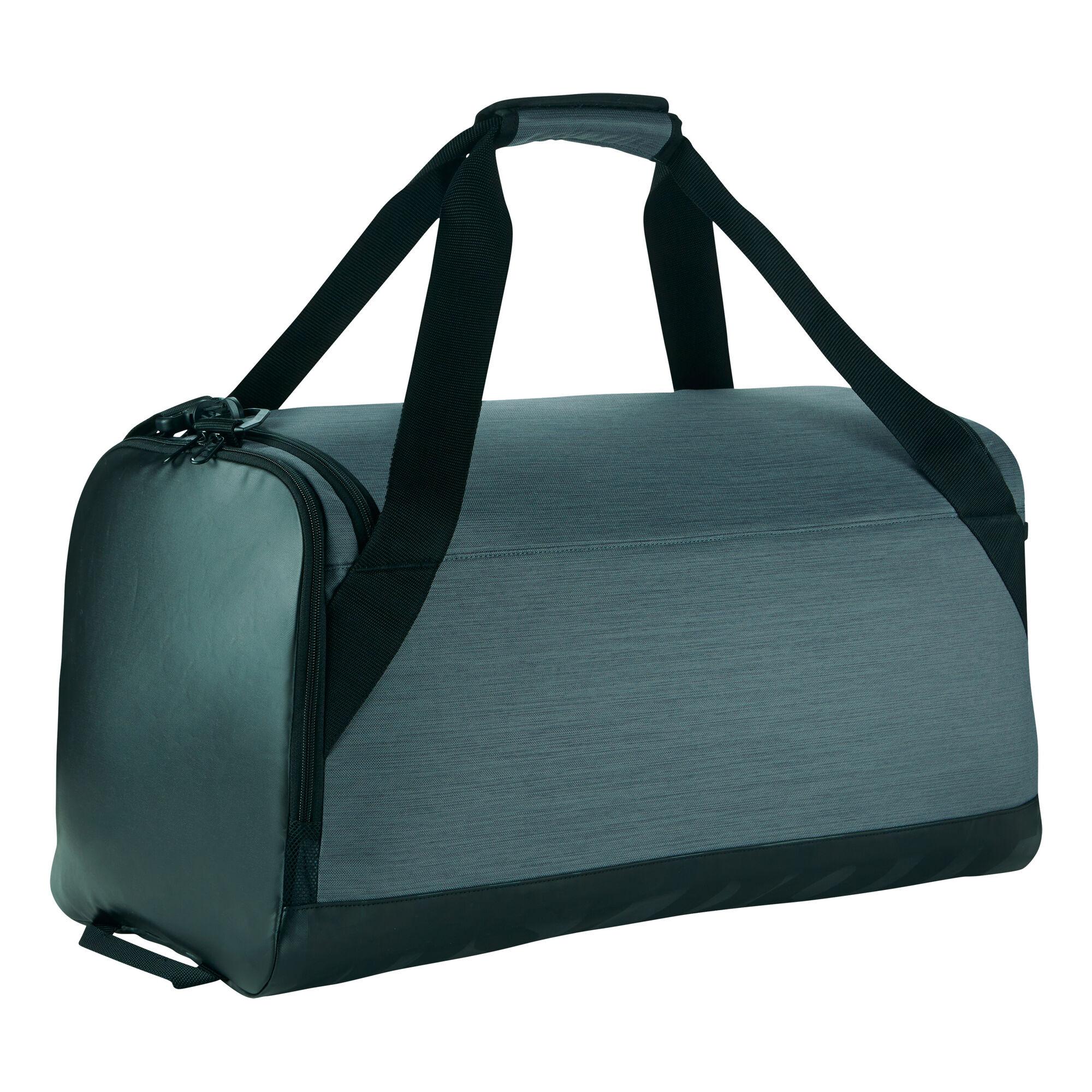 nike brasilia duffel sporttasche mittel grau schwarz. Black Bedroom Furniture Sets. Home Design Ideas